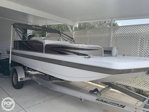 Used Hurricane 198 Fundeck Deck Boat For Sale