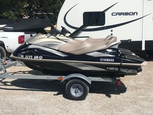 Used Yamaha Waverunner VX CruiserVX Cruiser Personal Watercraft For Sale