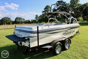 Used Ski Supreme V PRO SKY Ski and Wakeboard Boat For Sale