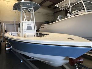 New Pathfinder 2400 TRS2400 TRS Bay Boat For Sale