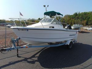 Used Trophy 1802wa1802wa Walkaround Fishing Boat For Sale