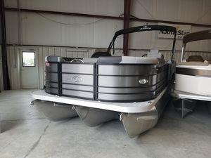 New Veranda VR22RCVR22RC Pontoon Boat For Sale