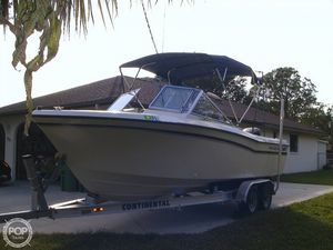 Used Grady-White Tournament 223 Bowrider Boat For Sale