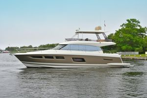 Used Prestige 550 Fly Flybridge Boat For Sale