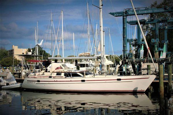 Used Regina 43 Deck Saloon Sailboat For Sale