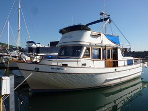 Used Chb Tricabin Trawler Boat For Sale