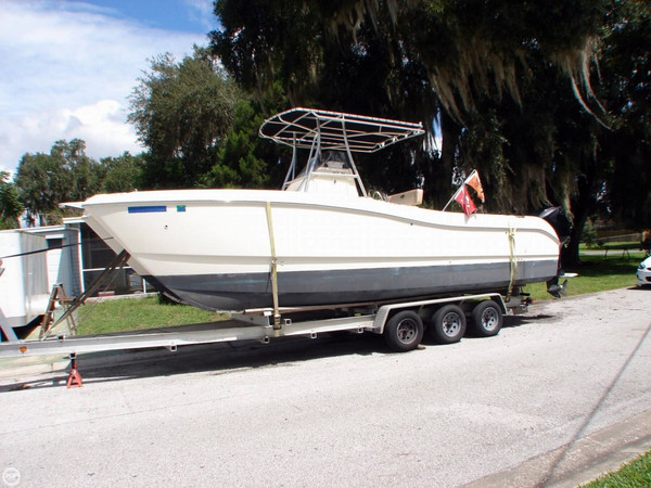 Used World Cat 266 SF Power Catamaran Boat For Sale
