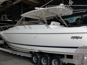 Used Intrepid 430 Sport Yacht Sports Cruiser Boat For Sale