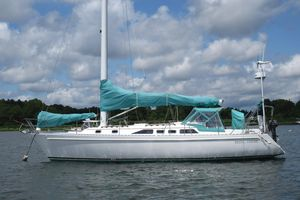 Used Freedom 38 Cruiser Sailboat For Sale