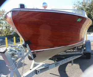 Used Chris-Craft 23 Continental Antique and Classic Boat For Sale