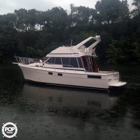 Used Bayliner 36 Express Cruiser Boat For Sale