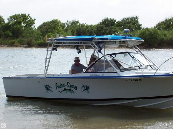Used Bertram 25 Mark II Cruiser Boat For Sale