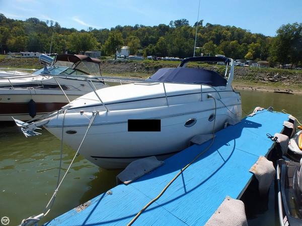 Used Rinker Fiesta Vee 270 Express Cruiser Boat For Sale