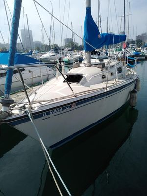 Used O'day 28 Cruiser Sailboat For Sale