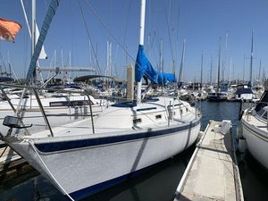 Used Irwin Citation 34 Cruiser Sailboat For Sale