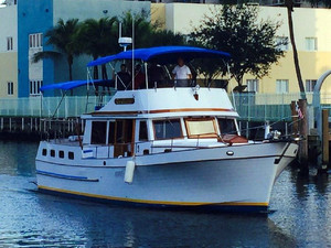 Used Marine Trader 44 Sundeck Cruiser Boat For Sale