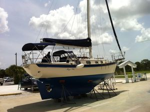 Used Pacific Seacraft Orion 27 MKII Cruiser Sailboat For Sale