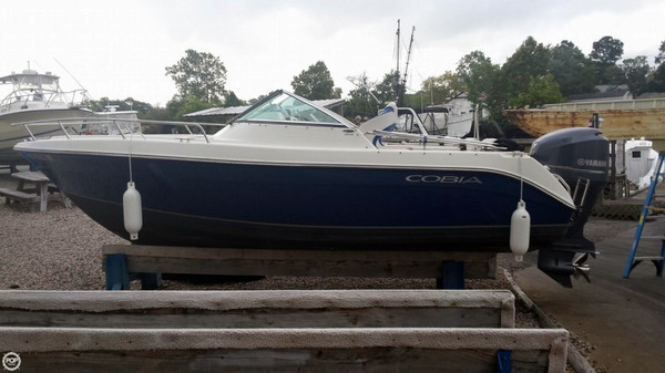 Used Cobia 215 DC Bowrider Boat For Sale