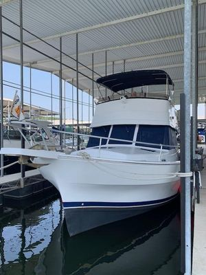 Used Mainship 350 Trawler Boat For Sale