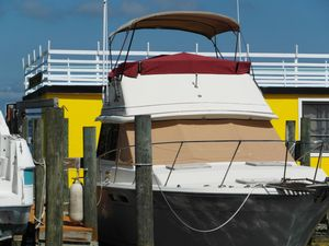 Used Trojan F-32 Flybridge Boat For Sale