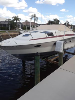 Used Maxum 2700scr Express Cruiser Boat For Sale