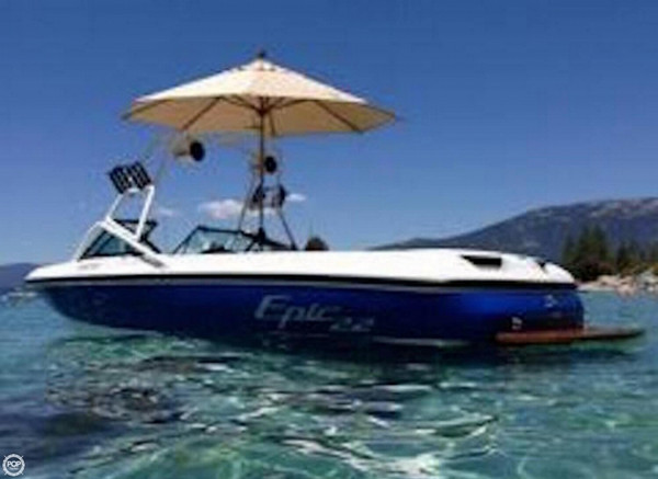 Used Epic Toyota Epic 22 Ski and Wakeboard Boat For Sale