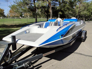 Used Shockwave 22 Deck Boat Deck Boat For Sale