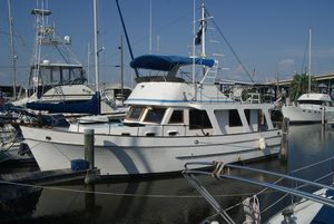 Used Marine Trader 40 Motor Yacht For Sale
