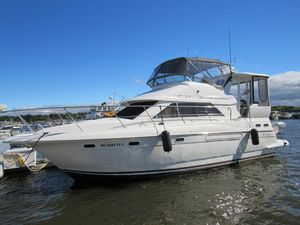 Used Cruisers 375 Motor Yacht Aft Cabin Boat For Sale