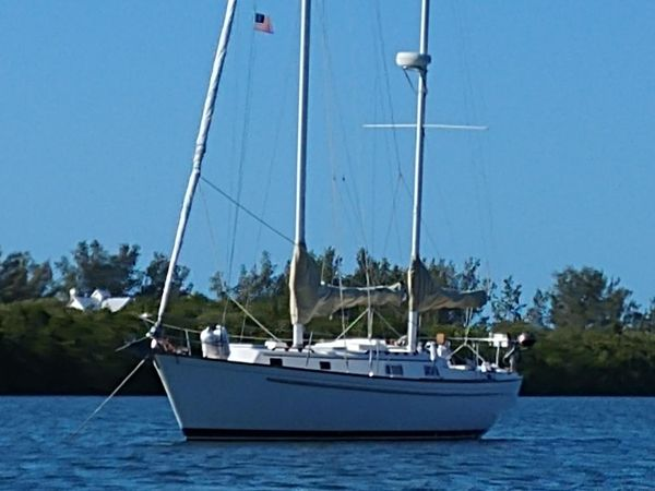 Used Pearson 363 Ketch Cruiser Sailboat For Sale