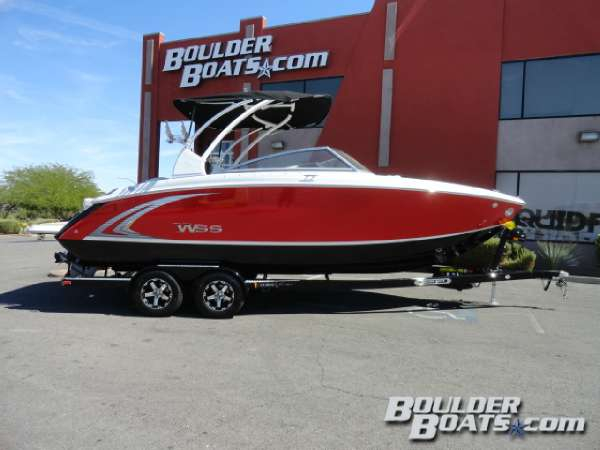 New Cobalt Boats R5WSS Ski and Wakeboard Boat For Sale