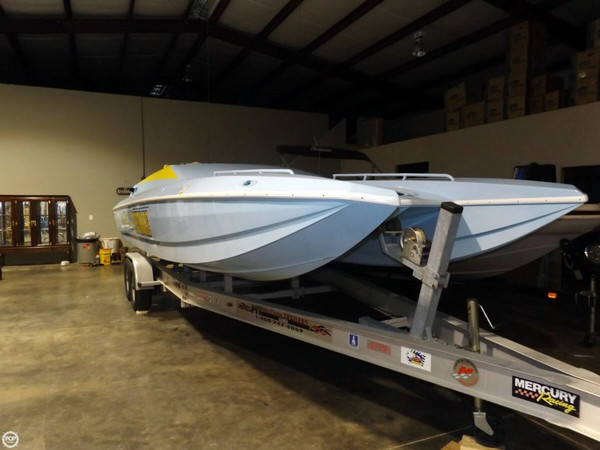 Used American Offshore 2600 High Performance Boat For Sale