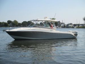 Used Hydra-Sports 3300 VX High Performance Boat For Sale