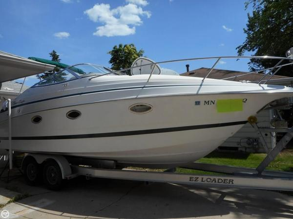 Used Chris-Craft 260 EC Express Cruiser Boat For Sale