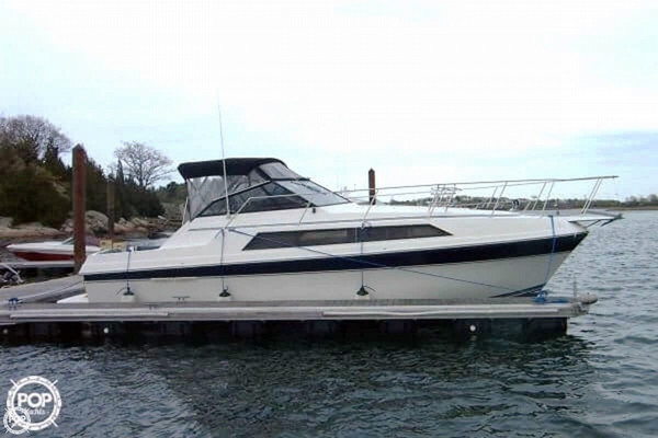 Used Carver Montego 3257 Express Cruiser Boat For Sale