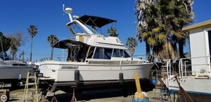 Used Bayliner 3270 Motor Yacht Sports Fishing Boat For Sale