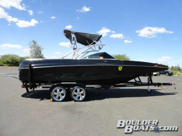 Used Mb Sports F23 Tomcat Ski and Wakeboard Boat For Sale