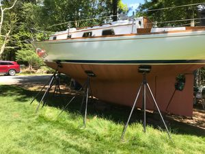 Used Bristol 32 Cruiser Sailboat For Sale
