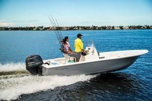 New Tidewater 1910 Bay Max Center Console Fishing Boat For Sale