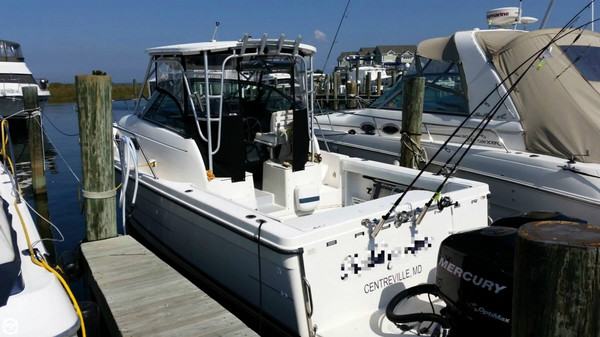 Used Bayliner 31 Sports Fishing Boat For Sale
