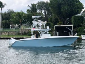 Used Seahunter 3333 Center Console Fishing Boat For Sale