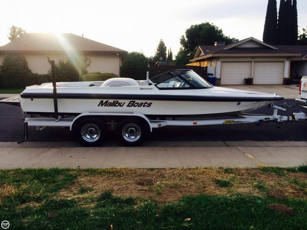 Used Malibu Flightcraft Sportster Ski and Wakeboard Boat For Sale
