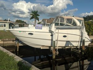 Used Maxum 3100 SE Express Cruiser Boat For Sale