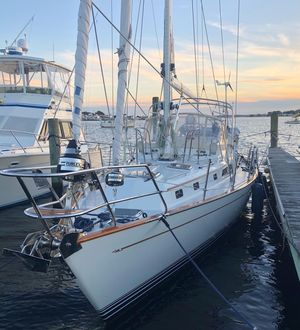 Used Passport 470 Cruiser Sailboat For Sale