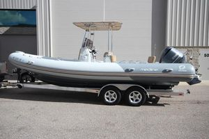 Used Zodiac Medline 740 NEO T-top 250hp DEC W Trailer Rigid Sports Inflatable Boat For Sale