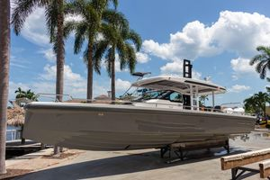 Used Axopar 37 Sun-top Center Console Fishing Boat For Sale