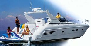 Used Trojan Express Yacht Express Cruiser Boat For Sale