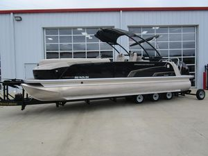 Used Princecraft Vogue 25 XT Pontoon Boat For Sale