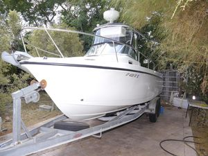 Used Shamrock 246 Walkaround Center Console Fishing Boat For Sale