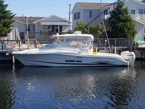 Used Hydra-Sports 3300 VX Sports Fishing Boat For Sale